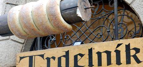 trdelnik-prague-christmas-market-1